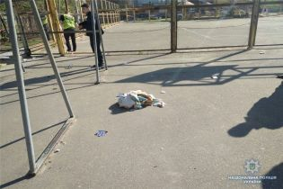 Вибух саморобної бомби на спортмайданчику в Києві був радіокерованим