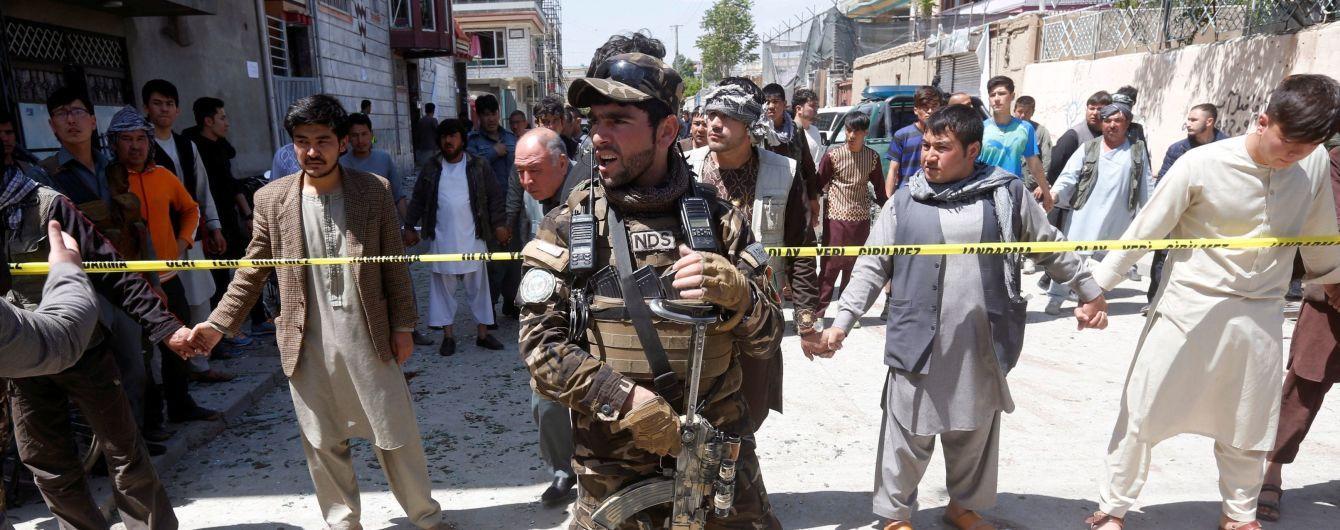 В Афганистане взрыв у мечети унес жизни по меньшей мере 14 человек