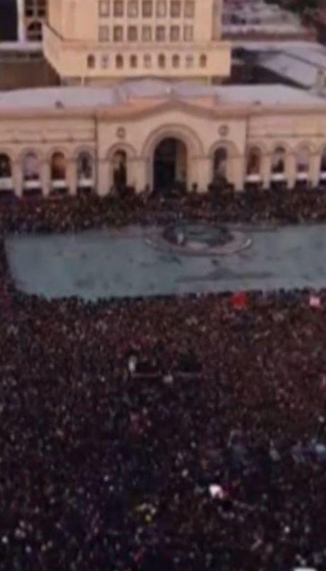 По дві сотні затриманих на день - вірменська столиця захлинається в протестах