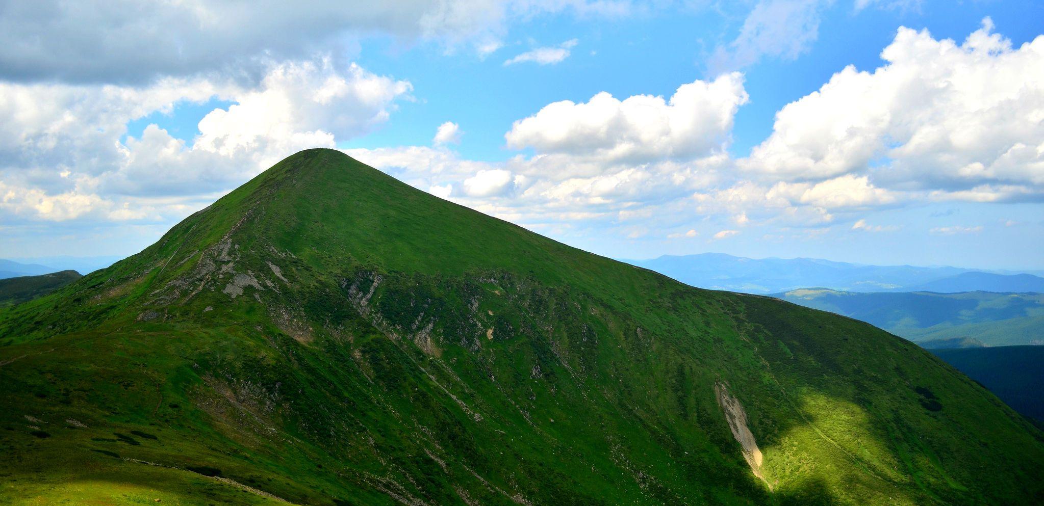 Гора Говерла, Карпати