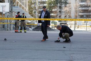 Силовики установили личность нападавшего, который расстрелял толпу в Торонто