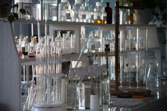 В Україні скасували держмонополію на спирт, а горілчані заводи виставлять на продаж
