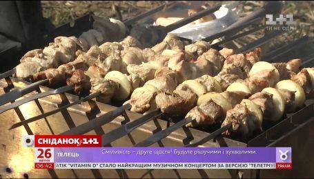 Сезон шашликів: в Україні здорожчало м'ясо
