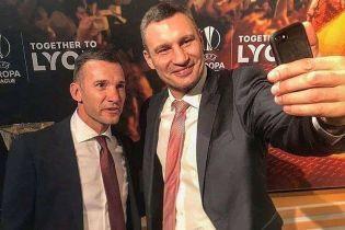 Кличко-воротар та Шевченко представили промовідео до фіналу Ліги чемпіонів у Києві
