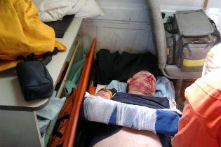 На Полтавщине неизвестные ворвались в дом и сильно избили сторонника Саакашвили
