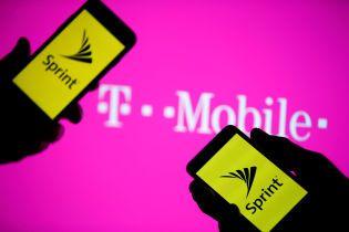 Найбільші оператори зв'язку США об'єдналися в одну компанію вартістю 146 мільярдів