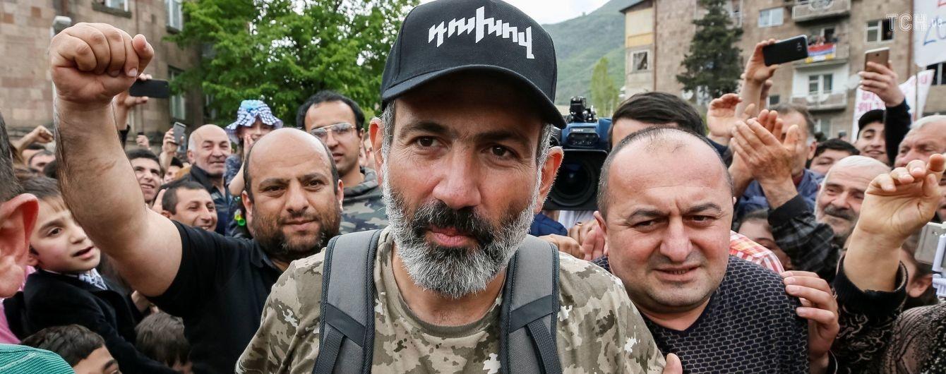 Пашинян анонсував серйозні зміни в уряді: у Міноборони Вірменії почалися відставки