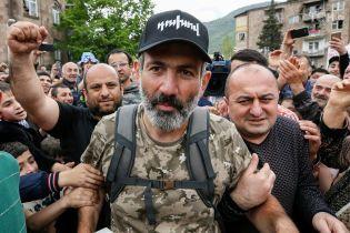Правящая партия Армении готова поддержать лидера оппозиции на выборах премьер-министра
