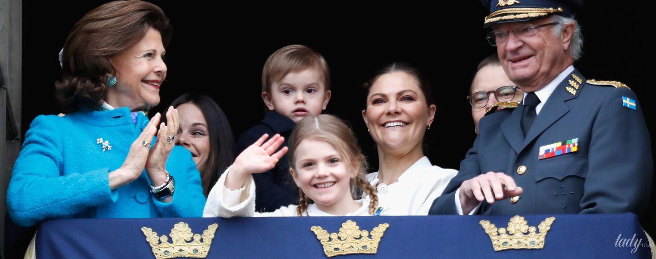 Яркая королева Сильвия на праздничном мероприятии по случаю дня рождения мужа - короля Карла Густава