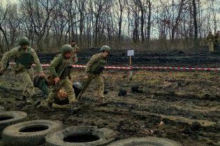 Втрата української армії та обстріли із забороненої зброї. Як минула доба на Донбасі
