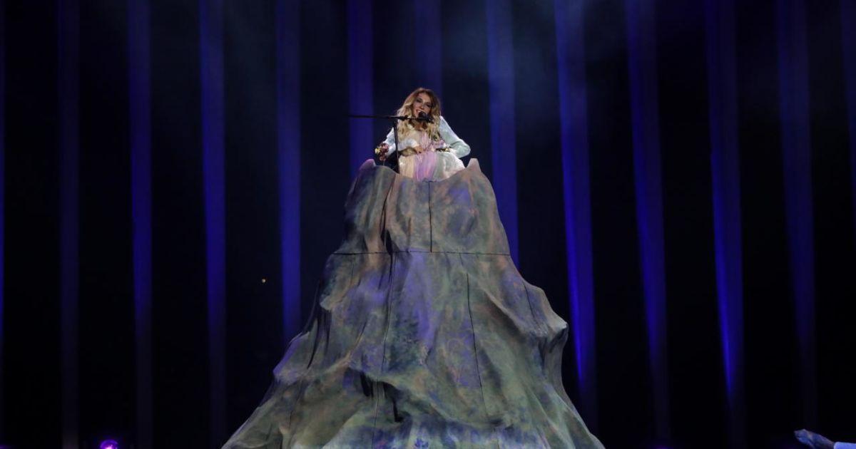 Участница от России @ vk.com/eurovision_ua