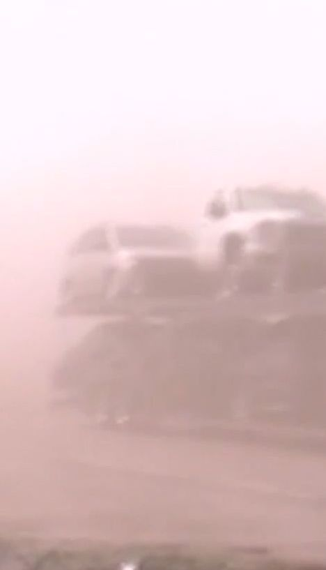 В американському штаті Небраска пилова буря спричинила масову ДТП