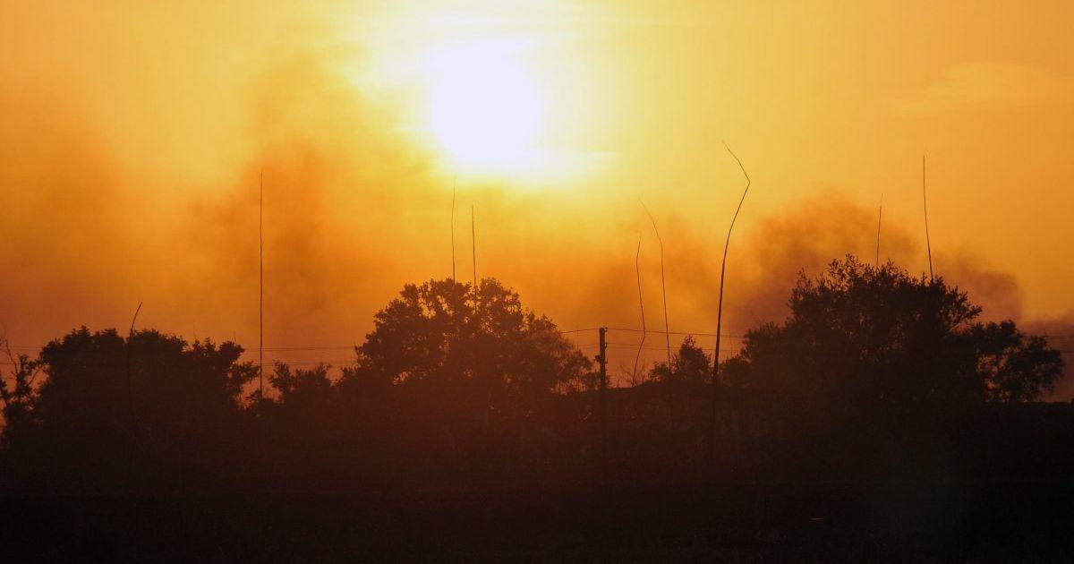 Загрози розповсюдження пожежі немає – ДСНС про ситуацію в Балаклії, де знову вибухали боєприпаси