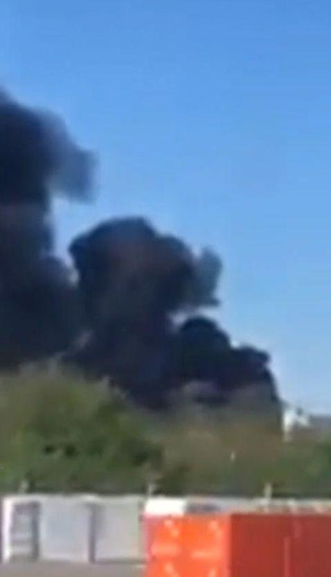 У Білій Церкві спалахнула масштабна пожежа на складі зі зберігання шин