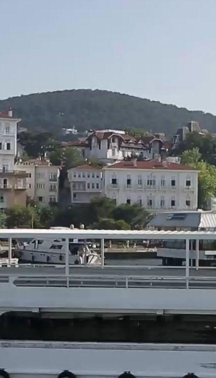 Мій путівник. Стамбул - принцеві острови та рибний делікатес