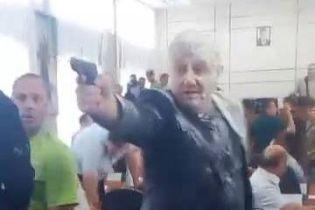 Полиция квалифицировала стрельбу на заседании Никопольского горсовета как хулиганство