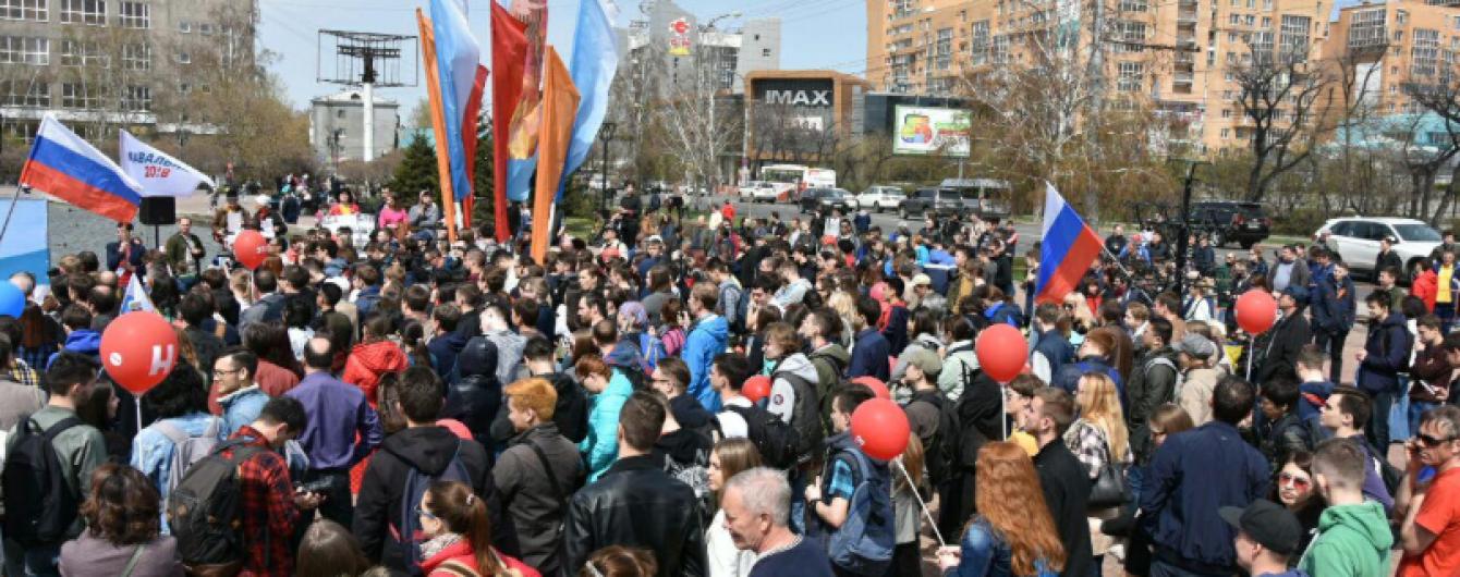 В ЕС и США осудили действия правоохранителей во время митингов в России