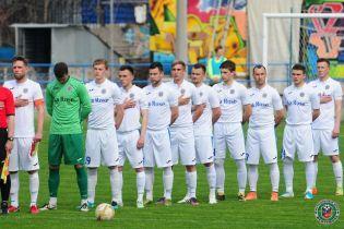 Клуб Первой лиги прекращает свое существование, другая команда выставила всех футболистов на продажу