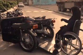 В Ірані жінка створила ідеальний транспорт для інвалідів