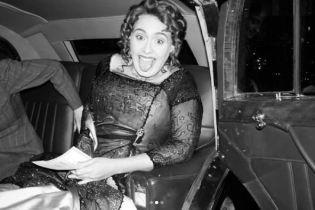 """Невгамовна Адель втілила образ Роуз із """"Титаніка"""" у свій ювілей"""