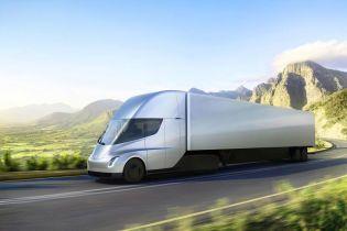 Фури Tesla Semi вперше замовили для перевезень у Норвегії
