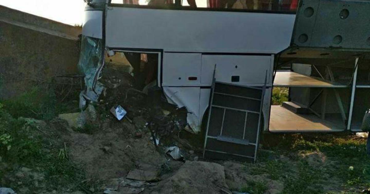 Фото з місця аварії @ facebook.com/dtp.kiev.ua
