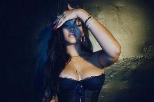 Сексуальная в нижнем белье: Рианна опубликовала пикантные снимки