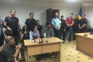 Суд избрал меру пресечения бразильскому боевику Лусварги