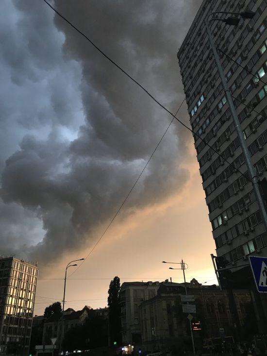 Дощі, місцями град, шквали та до 29 градусів тепла - прогноз погоди на вівторок в Україні