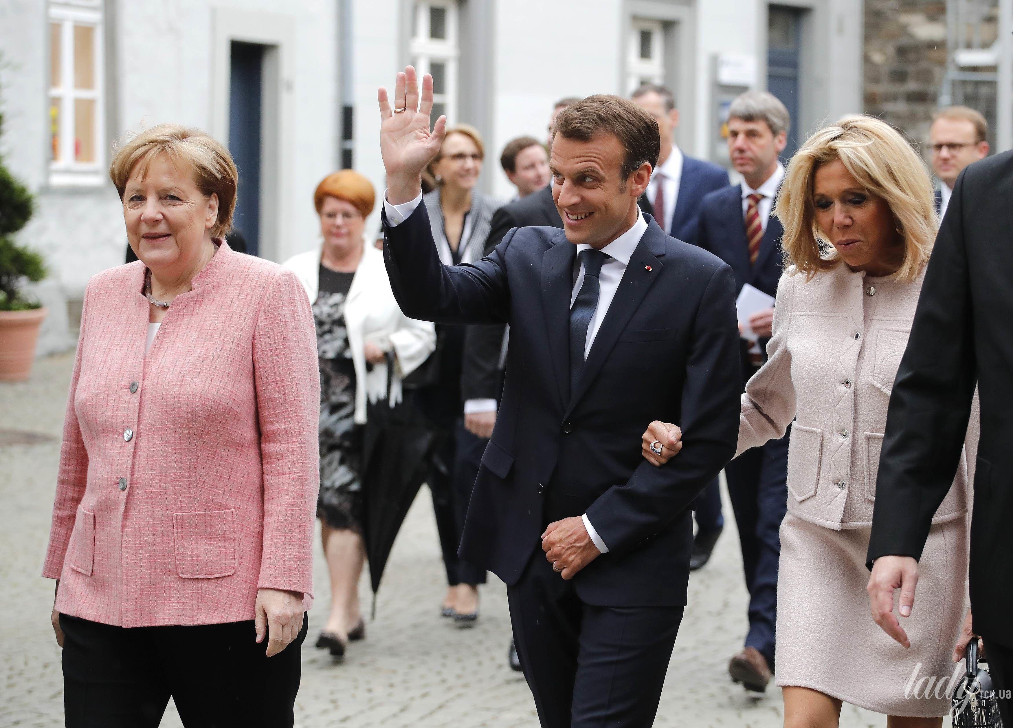 Брижит Макрон и Ангела Меркель_4