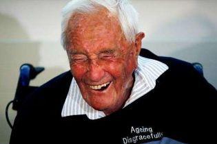 """""""Старение – это позорно"""": 104-летний австралийский ученый совершил самоубийство в Швейцарии"""