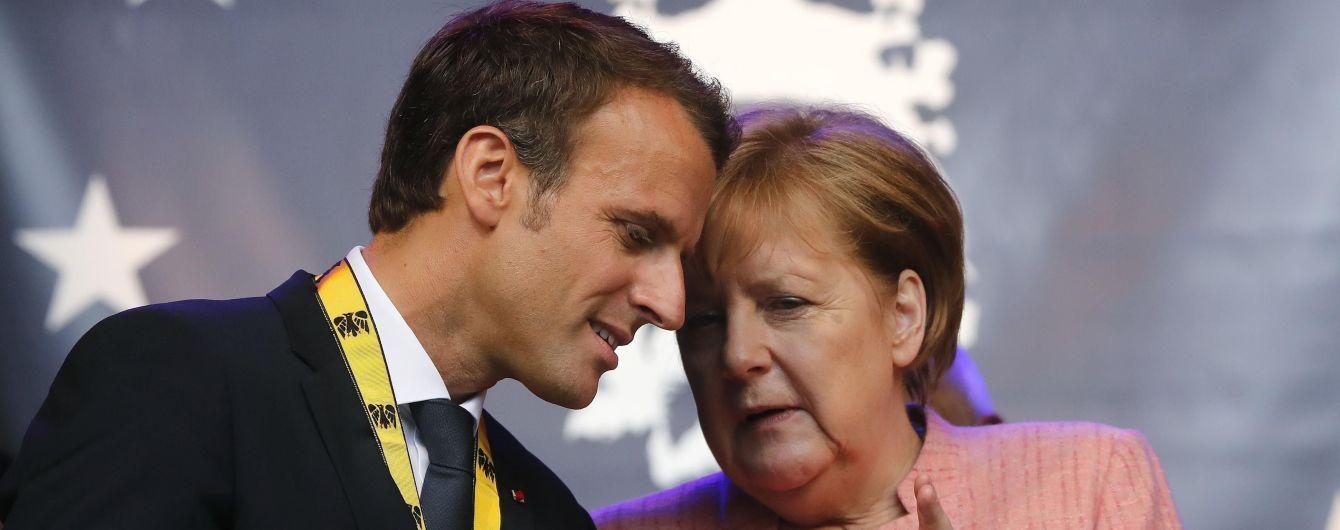 Меркель и Макрон обеспокоены эскалацией на Донбассе и поддерживают введение миротворцев - Порошенко