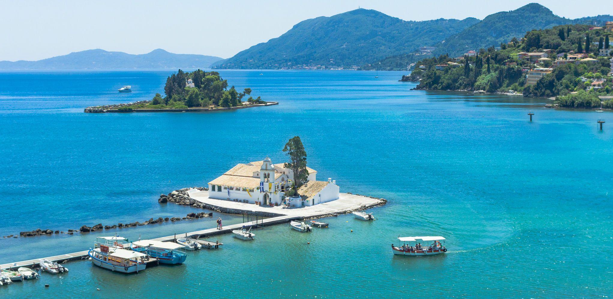 Острів Корфу, Греція, Іонічне море