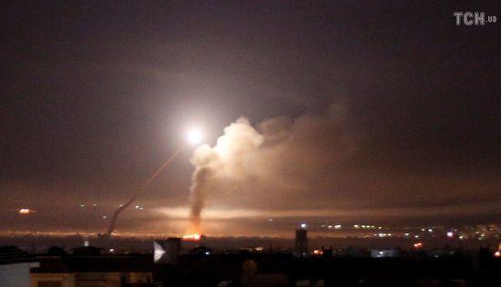 Російський літак з 14 військовослужбовцями на борту збили сирійські військові - CNN