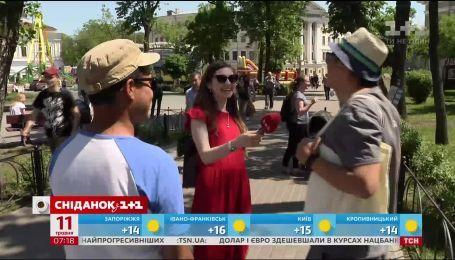 """Що подобається українцям: холод чи спека - опитування """"Сніданку"""""""