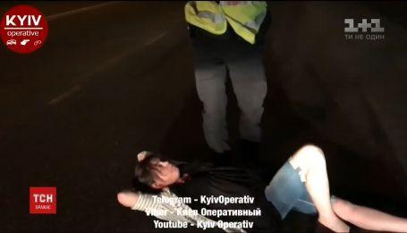 Нетвереза водійка у дивакуватий спосіб намагалася уникнути покарання від поліцейських