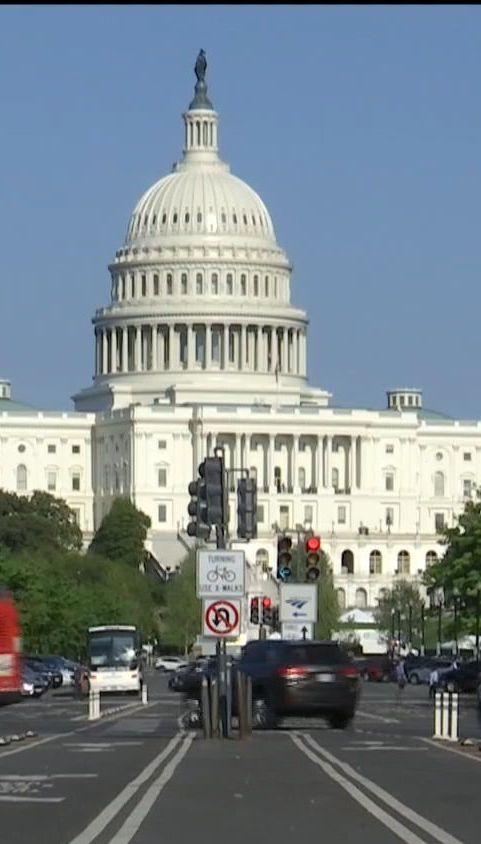 ТСН стало известно, что в США готовят санкции против украинских чиновников