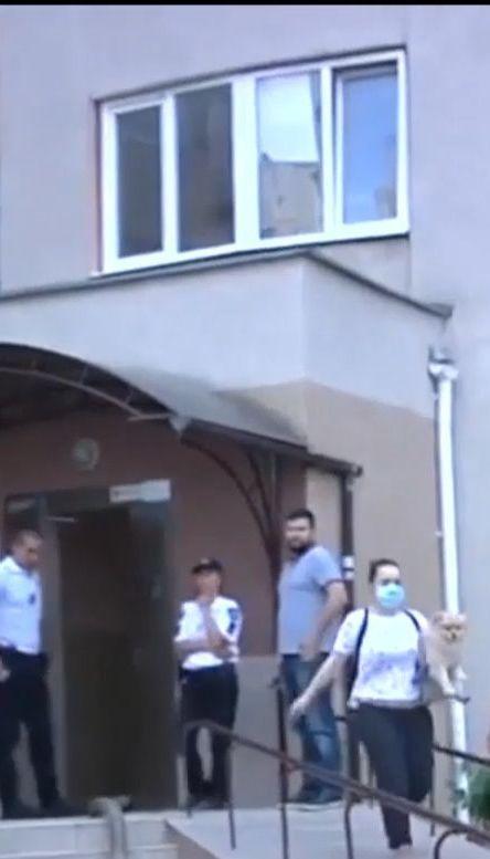 Более полусотни людей эвакуировали из одесской многоэтажки из-за пожара в подземном паркинге