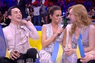 """MELOVIN доказал, что он """"вампир"""", укусив ведущую """"Евровидения-2018"""""""