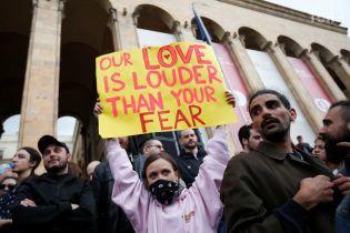 Справедливость без политики: митингующие в Тбилиси требуют отставки премьер-министра