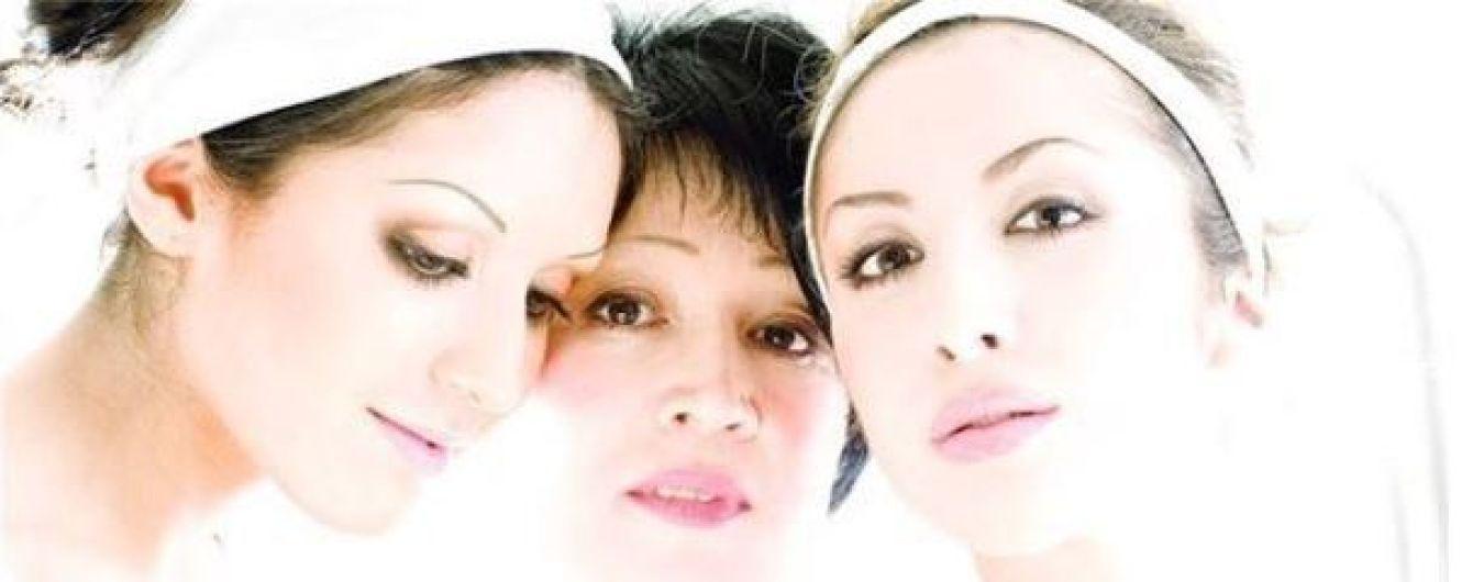 День матері: Бабкін, Джамала, сестри Завальські та інші зірки зворушливо привітали своїх матусь