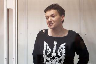 Савченко відмовилася від адвокатів та звернулася до Путіна