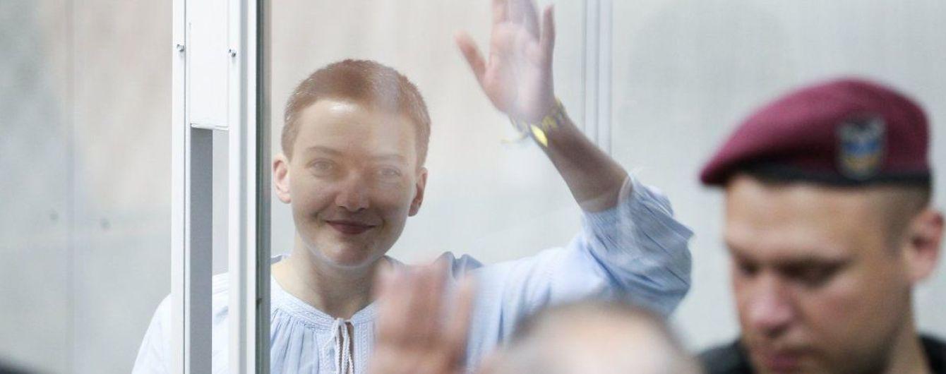 Суд оставил Савченко под стражей до 10 сентября