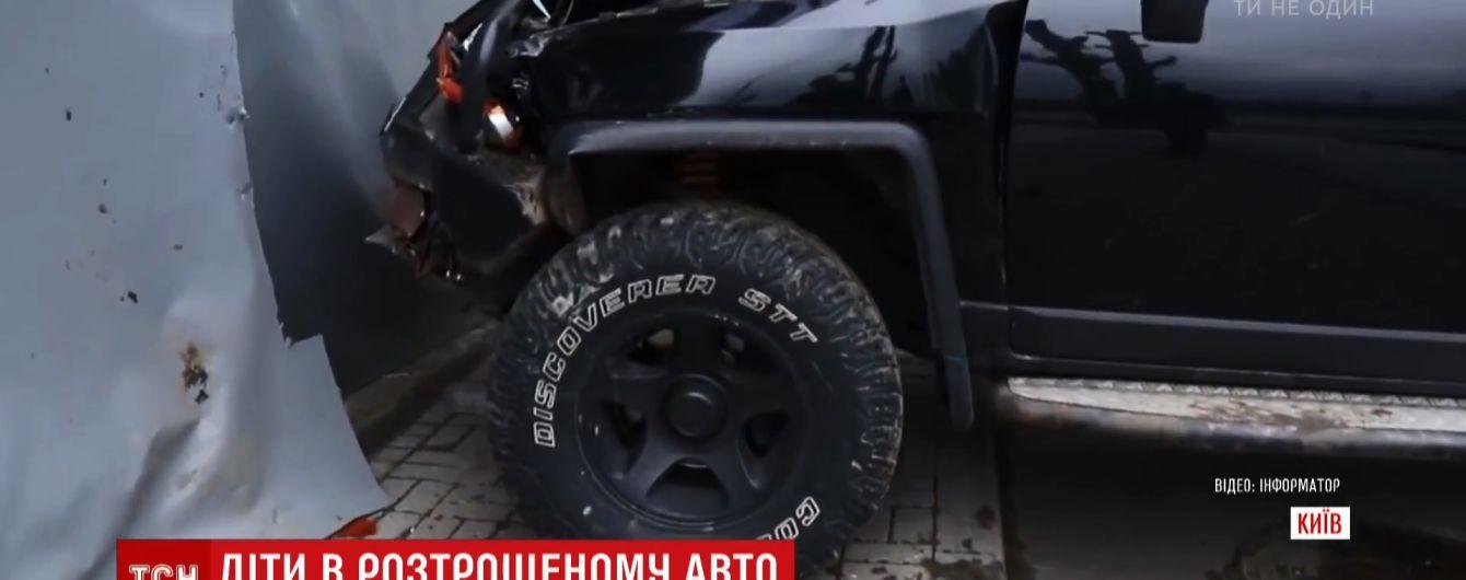 Поліція знайшла водія джипа, котрий влетів у київський ресторан
