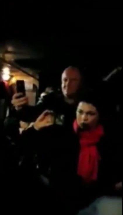 Невідомі обстріляли маршрутку Київ-Бровари