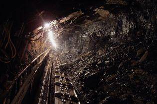 На Донетчине из-за обвала породы в шахте погиб горняк