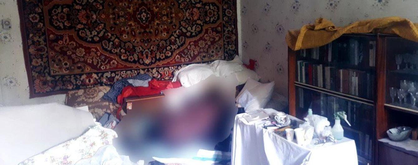 В харьковской квартире обнаружили труп учительницы
