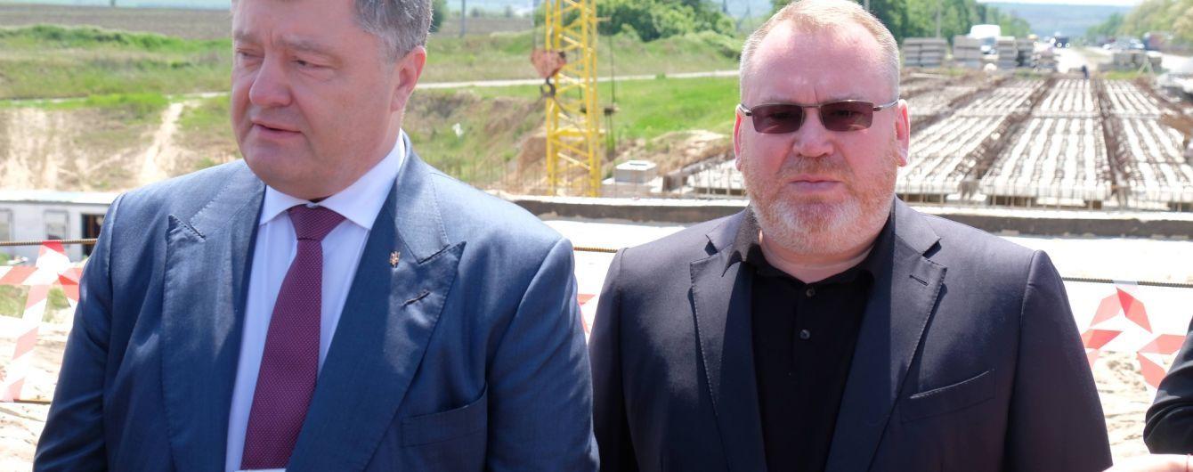 Порошенко: Масштабный ремонт дорог в Днепропетровской области стал возможным благодаря децентрализации