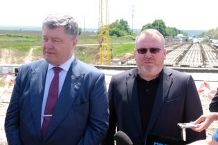 Порошенко: Масштабний ремонт доріг на Дніпропетровщині став можливим завдяки децентралізації