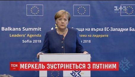 Ангела Меркель прилетить до Сочі, щоб поговорити з Путіним про війну на Донбасі